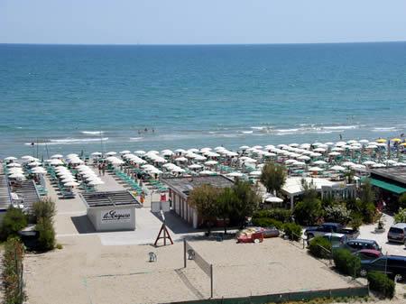 La nostra spiaggia hotel amigos cervia milano marittima hotel tre stelle - Bagno oreste milano marittima ...